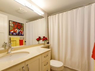 """Photo 19: 704 1575 W 10TH Avenue in Vancouver: Fairview VW Condo for sale in """"TRITON"""" (Vancouver West)  : MLS®# R2480004"""