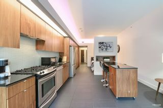 """Photo 7: 207 33 W PENDER Street in Vancouver: Downtown VW Condo for sale in """"33 LIVING"""" (Vancouver West)  : MLS®# R2625220"""