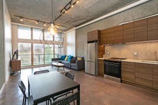"Photo 1: 307 1529 W 6TH Avenue in Vancouver: False Creek Condo for sale in ""WSIX/SOUTH GRANVILLE LOFTS"" (Vancouver West)  : MLS®# R2464010"