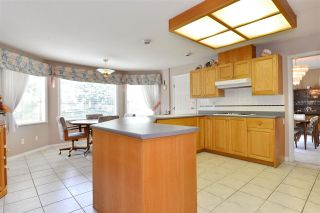 """Photo 8: 13669 58 Avenue in Surrey: Panorama Ridge House for sale in """"Panorama"""" : MLS®# R2073217"""