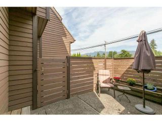 """Photo 13: 3345 MOUNTAIN Highway in North Vancouver: Lynn Valley Townhouse for sale in """"VILLAGE ON THE CREEK"""" : MLS®# V1141033"""