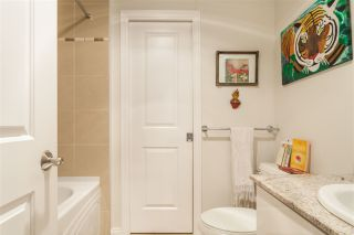 """Photo 10: 504 1211 MELVILLE Street in Vancouver: Coal Harbour Condo for sale in """"THE RITZ"""" (Vancouver West)  : MLS®# R2143685"""