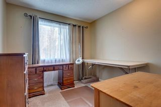 Photo 24: 33 SILVERGROVE Close NW in Calgary: Silver Springs Row/Townhouse for sale : MLS®# C4300784