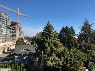 """Photo 3: 512 3333 SEXSMITH Road in Richmond: West Cambie Condo for sale in """"SORRENTO EAST"""" : MLS®# R2309692"""