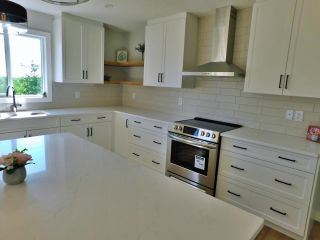 Photo 12: 36 Ho Hum Crescent: Rural Sturgeon County House for sale : MLS®# E4258451