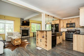 Photo 5: 1235 BREEZY POINT Road in St Andrews: R13 Residential for sale : MLS®# 202112423