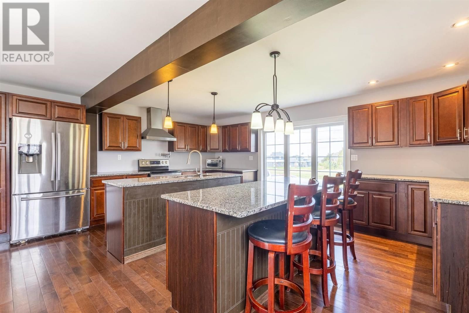 Photo 8: Photos: 5 Cherry Lane in Stratford: House for sale : MLS®# 202119303