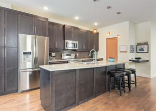Photo 7: 3322 41 Street SW in Calgary: Glenbrook Detached for sale : MLS®# A1122385