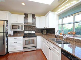 Photo 8: 4901 Maxine Lane in VICTORIA: SE Cordova Bay House for sale (Saanich East)  : MLS®# 767062