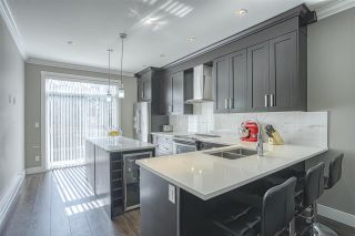 """Photo 2: 107 13670 62 Avenue in Surrey: Sullivan Station Townhouse for sale in """"Panorama South 62"""" : MLS®# R2450811"""
