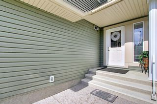 Photo 3: 60 EVERHOLLOW Street SW in Calgary: Evergreen Detached for sale : MLS®# A1151212
