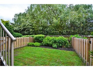 """Photo 10: 6 1268 RIVERSIDE Drive in Port Coquitlam: Riverwood Townhouse for sale in """"SOMERSTON LANE"""" : MLS®# V1012744"""