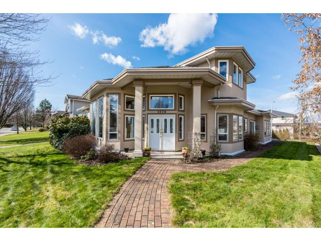 Main Photo: 1279 DAN LEE Avenue in New Westminster: Queensborough House for sale : MLS®# R2246433