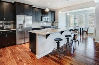 Photo 5: 54 VALLEY POINTE Bay NW in Calgary: Valley Ridge Detached for sale : MLS®# C4301556