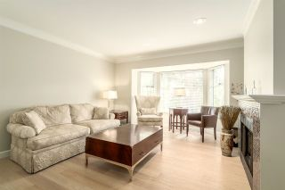 """Photo 4: 9262 GOLDHURST Terrace in Burnaby: Forest Hills BN Townhouse for sale in """"COPPER HILL"""" (Burnaby North)  : MLS®# R2054712"""