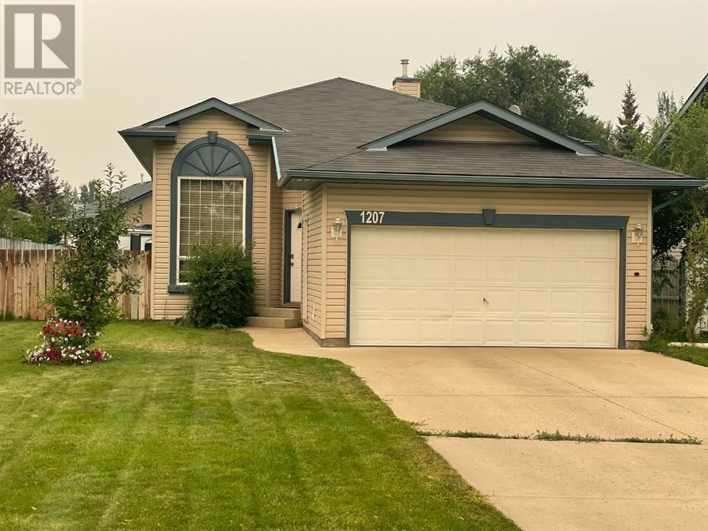 Main Photo: 1207 3 Street W in Brooks: House for sale : MLS®# A1138121