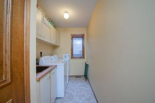Photo 19: 88 Strathdale Close SW in Calgary: Strathcona Park Detached for sale : MLS®# A1116275