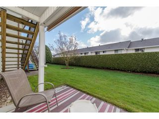 """Photo 18: 49 32959 GEORGE FERGUSON Way in Abbotsford: Central Abbotsford Townhouse for sale in """"Oakhurst"""" : MLS®# R2252811"""