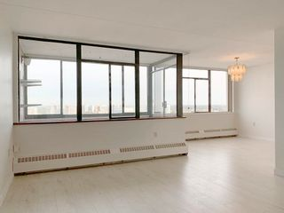 """Photo 2: 1707 6651 MINORU Boulevard in Richmond: Brighouse Condo for sale in """"PARK TOWERS"""" : MLS®# R2622597"""