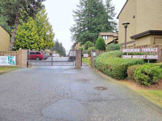 Photo 1: 37 2998 MOUAT Drive in Abbotsford: Abbotsford West Townhouse for sale : MLS®# R2562940