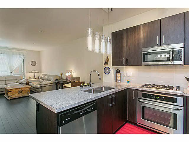 """Main Photo: 210 119 W 22ND Street in North Vancouver: Central Lonsdale Condo for sale in """"ANDERSON WALK"""" : MLS®# V1133938"""