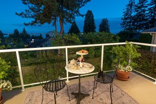 """Photo 33: 2386 KINGS Avenue in West Vancouver: Dundarave House for sale in """"Dundarave Village by the Sea"""" : MLS®# R2620765"""