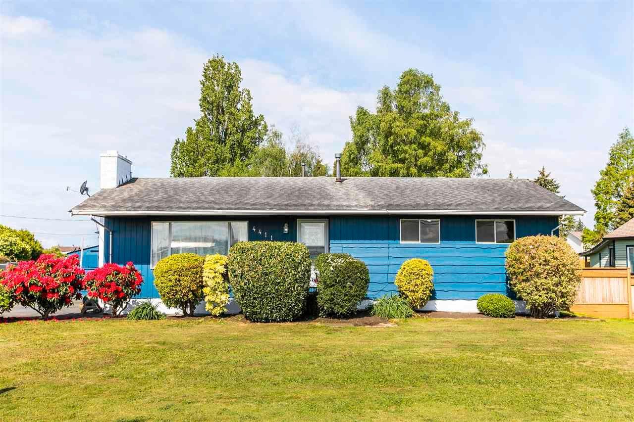 Main Photo: 4411 41B Street in Delta: Ladner Rural House for sale (Ladner)  : MLS®# R2579814