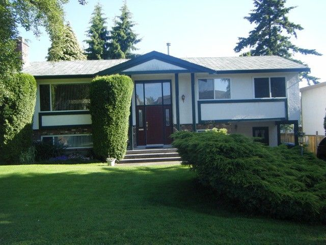 Main Photo: 13469 64A Avenue in Surrey: West Newton House for sale : MLS®# F1312863