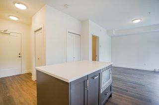 Photo 11: 304 33568 GEORGE FERGUSON Way in Abbotsford: Central Abbotsford Condo for sale : MLS®# R2607741