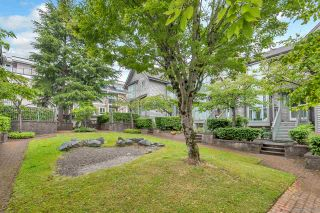 Photo 3: 4857 DUCHESS Street in Vancouver: Collingwood VE Townhouse for sale (Vancouver East)  : MLS®# R2373798