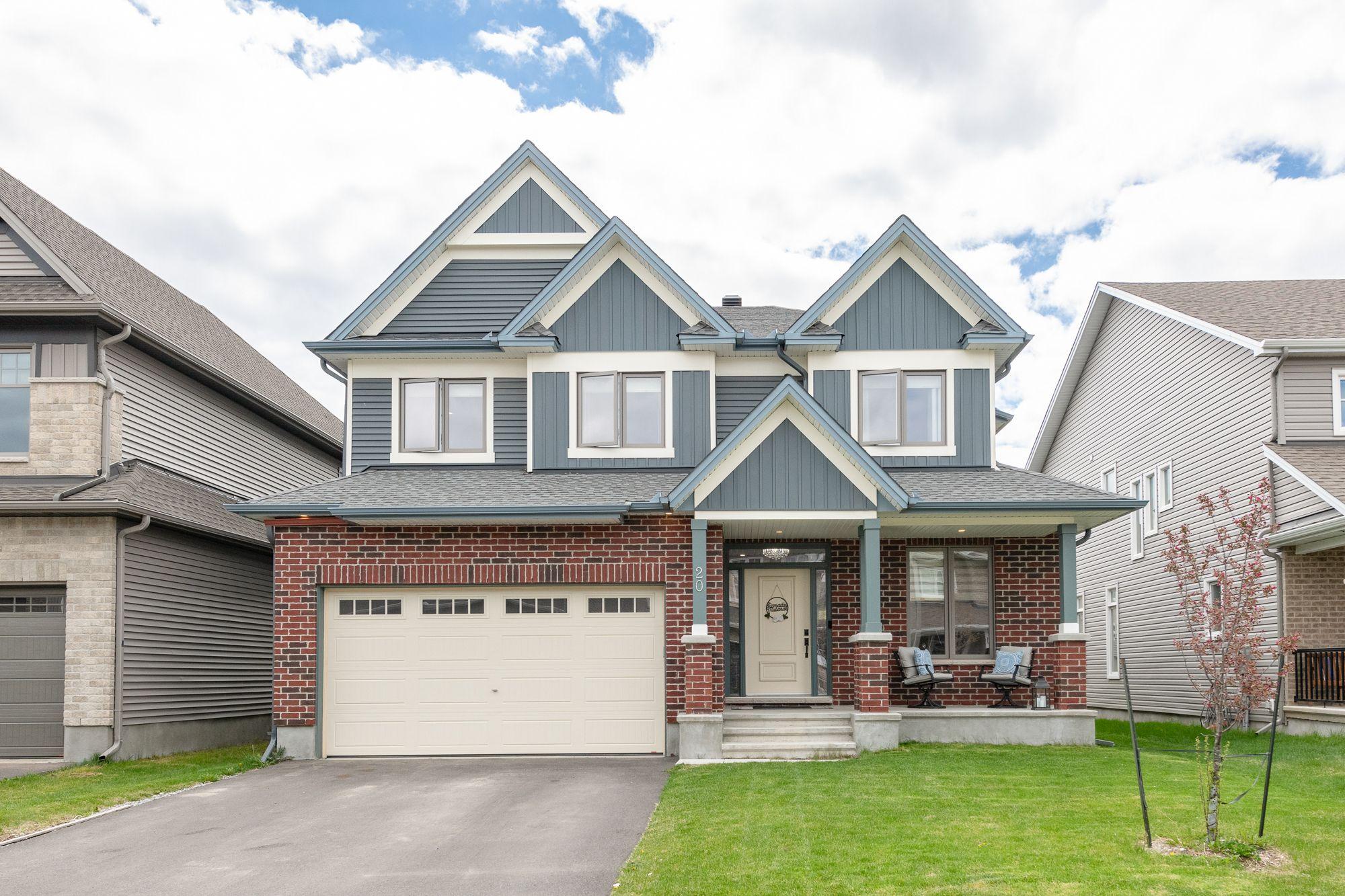 Main Photo: 20 SAGEBRUSH Crescent in Ottawa: House for sale : MLS®# 1243333
