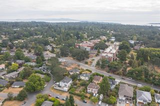 Photo 47: 3190 Richmond Rd in : SE Camosun House for sale (Saanich East)  : MLS®# 880071