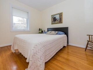 Photo 10: 124 Thicketwood Drive in Toronto: Eglinton East House (Bungalow) for sale (Toronto E08)  : MLS®# E3807933