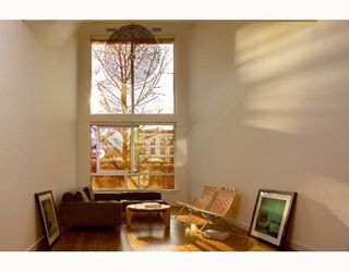 """Photo 2: 305 36 WATER Street in Vancouver: Downtown VW Condo for sale in """"TERMINUS"""" (Vancouver West)  : MLS®# V776262"""