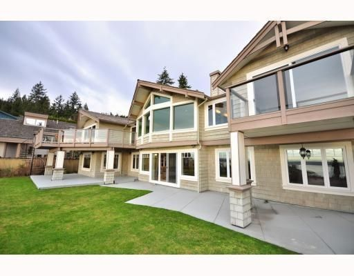 Main Photo: 1342 CAMRIDGE RD in West Vancouver: House for sale : MLS®# V804594