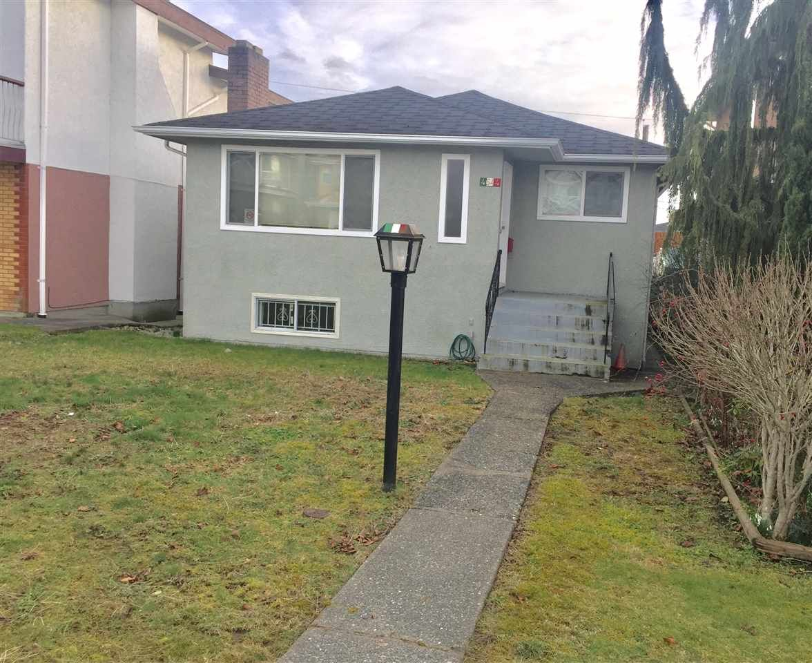Main Photo: 4644 UNION Street in Burnaby: Brentwood Park House for sale (Burnaby North)  : MLS®# R2438650