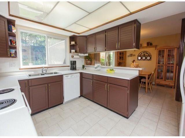 "Photo 8: Photos: 6754 NICHOLSON Road in Delta: Sunshine Hills Woods House for sale in ""Sunshine Hills"" (N. Delta)  : MLS®# F1316494"