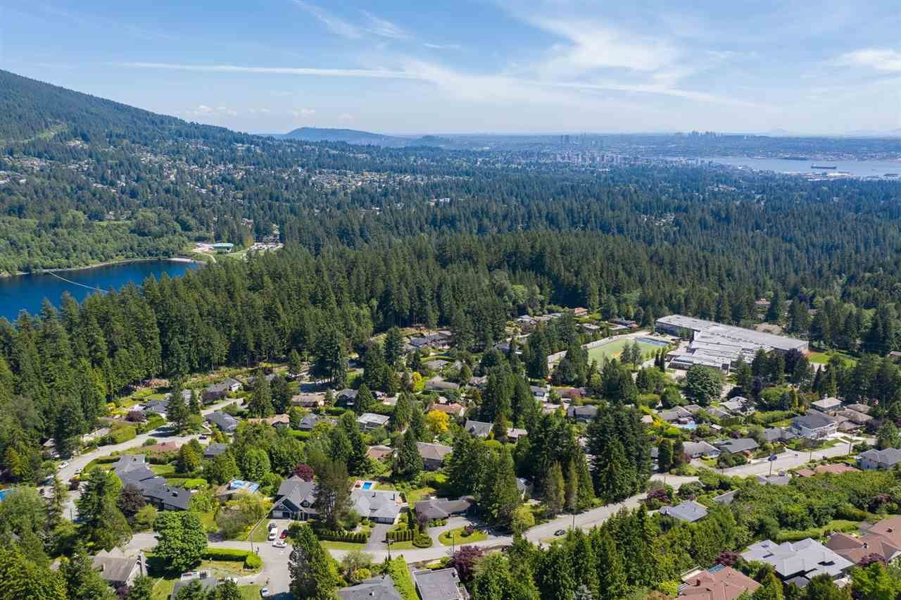 Photo 21: Photos: 80 GLENMORE Drive in West Vancouver: Glenmore House for sale : MLS®# R2468139
