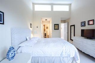Photo 15: 301 1467 MARTIN Street: White Rock Condo for sale (South Surrey White Rock)  : MLS®# R2047854