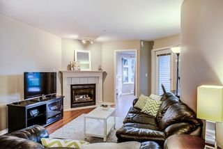 """Photo 5: 106 1999 SUFFOLK Avenue in Port Coquitlam: Glenwood PQ Condo for sale in """"Key West"""" : MLS®# R2330864"""