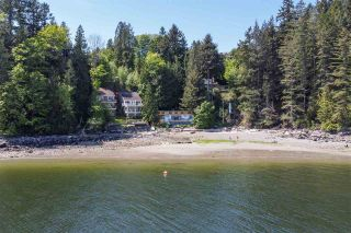 "Photo 8: 1512 TIDEVIEW Road in Gibsons: Gibsons & Area House for sale in ""LANGDALE"" (Sunshine Coast)  : MLS®# R2535465"