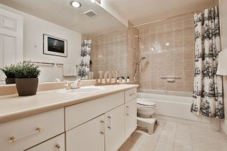 "Photo 12: 404 15030 101 Avenue in Surrey: Guildford Condo for sale in ""Guilford Marquis"" (North Surrey)  : MLS®# R2513068"