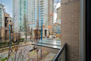"""Photo 12: 204 1295 RICHARDS Street in Vancouver: Downtown VW Condo for sale in """"THE OSCAR"""" (Vancouver West)  : MLS®# R2124812"""