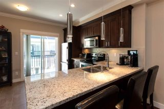 """Photo 8: 25 1130 EWEN Avenue in New Westminster: Queensborough Townhouse for sale in """"GLADSTONE PARK"""" : MLS®# R2192209"""