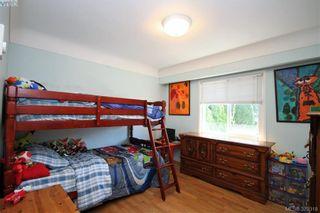 Photo 12: 2432 Richmond Rd in VICTORIA: Vi Jubilee Half Duplex for sale (Victoria)  : MLS®# 761847