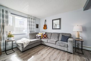 Photo 2: 142 3809 45 Street SW in Calgary: Glenbrook Row/Townhouse for sale : MLS®# A1087380
