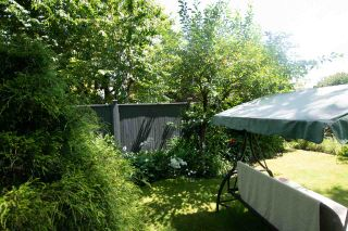 """Photo 7: 19833 53A Avenue in Langley: Langley City 1/2 Duplex for sale in """"Langley City"""" : MLS®# R2468910"""