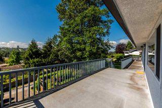 """Photo 9: 5408 MONARCH Street in Burnaby: Deer Lake Place House for sale in """"DEER LAKE PLACE"""" (Burnaby South)  : MLS®# R2171012"""