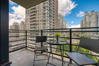 """Photo 15: 1308 909 MAINLAND Street in Vancouver: Yaletown Condo for sale in """"Yaletown Park 2"""" (Vancouver West)  : MLS®# R2590725"""