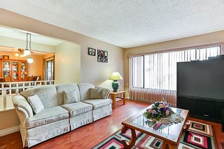 """Photo 2: 3218 SALT SPRING Avenue in Coquitlam: New Horizons House for sale in """"NEW HORIZONS"""" : MLS®# R2235514"""
